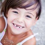 Sollten Kinder eine Munddusche nutzen?