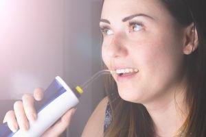 Wie oft sollte eine Munddusche angewendet werden?